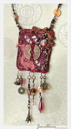 Etsy – Buy handmade, vintage, personalized and unique gifts for everyone - Schmuck Fiber Art Jewelry, Mixed Media Jewelry, Textile Jewelry, Fabric Jewelry, Jewelry Art, Jewelry Design, Coin Jewelry, Jewelry Crafts, Beaded Jewelry