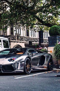 Chrome | Lamborghini Aventador