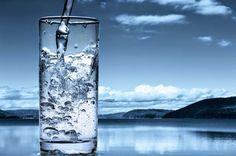 vita-sana.com L'acqua non è una bevanda magica, è una base fondamentale per il nostro corpo!