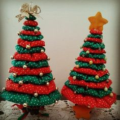 Pin on 2019 Christmas ideas Fabric Christmas Ornaments, Felt Christmas Decorations, Christmas Tree Crafts, Christmas Tablescapes, Christmas Sewing, Christmas Projects, Simple Christmas, Handmade Christmas, Holiday Crafts