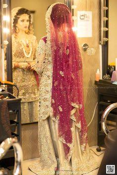 #pakistaniweddings #bride #bridal #couture @ishawarsiphotography