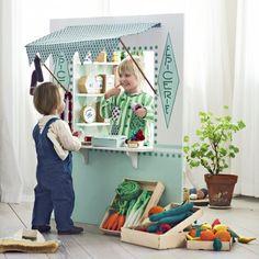 Fabriquer une devanture d'épicerie miniature pour un jeu de marchande - Marie Claire Idées