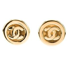 CHANEL VINTAGE clip-on earrings ($550) ❤ liked on Polyvore