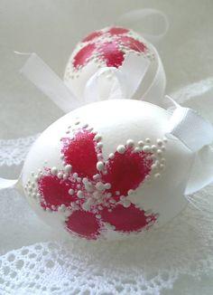 kraslice červené kvietočky