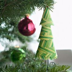 Little ones will love to help out with making this evergreen tree ornament!  More ornaments kids can help make: http://www.bhg.com/christmas/ornaments/easy-ornaments-kids-can-make/?socsrc=bhgpin112812evergreenornament