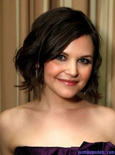 trsl05 ginnifer goodwin Ginnifer Goodwin's messy short bob hairstyle: Combining short with messy!