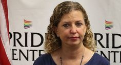 Wasserman Schultz aide arrested trying to leave the country http://www.politico.com/story/2017/07/25/debbie-wasserman-schultz-aide-arrest-240960?utm_campaign=crowdfire&utm_content=crowdfire&utm_medium=social&utm_source=pinterest