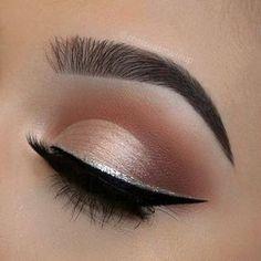 Eye makeup #makeup #holidaymakeup #neutraleye