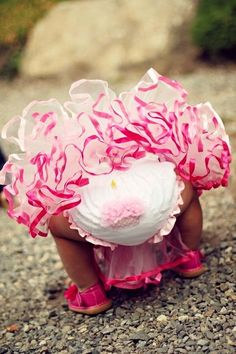 Little girl 1st birthday cupcake bottoms ❶Toni Kami ~•❤• Bébé •❤•~ Pretty in pink!