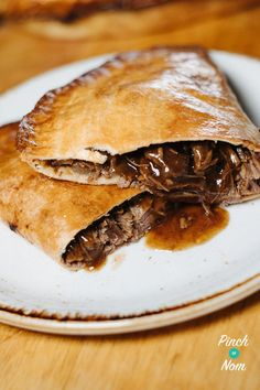 Beef & Onion Pasties   Slimming World & Weight Watchers Friendly #beefandonionpasties #weightwatchers Slimming World Dinners, Slimming World Recipes Syn Free, Slimming Eats, Healthy Cooking, Cooking Recipes, Healthy Recipes, Healthy Food, Healthy Eating, Cooking Food