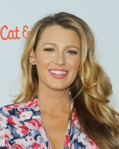 How To Get Blake Lively's Blonde By Her Hair Colourist Blake Lively Hair, Blake Lively Family, Get Blake, Blonde Hair Makeup, Blonde Actresses, Celebrity Bodies, Mischa Barton, Coloured Girls, Hair Colorist