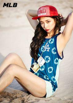 [Appreciation] Suzy soaks up the sun for MLB Summer - Celebrity Photos - OneHallyu Miss A Kpop, Miss A Suzy, Kim So Eun, Kpop Girl Bands, Bae Suzy, Korean Actresses, Korean Beauty, Asian Beauty, Beautiful Asian Girls