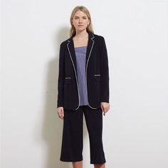 Complete your outfit with our new Kinley Jacket! Perfect for smart or Casual!