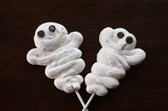 How To Make Meringue Ghost Pops