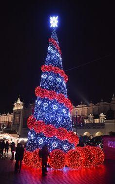 15 de los más espectaculares y creativos árboles de Navidad