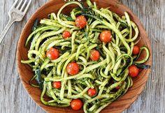 Zucchini Nudeln / Zoodles / Zucchini Spaghetti - Diät mit Pasta