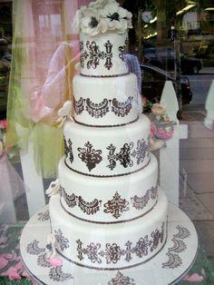 Damask wedding cake by Carlos' Bakery (TLC's Cake Boss). Cake Boss Wedding, Wedding Cake Designs, Wedding Cakes, Wedding Ideas, Cake Boss Bakery, Carlos Bakery Cakes, Best Vanilla Cake Recipe, 50th Anniversary Cakes, Types Of Cakes