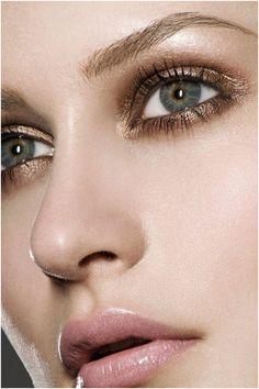 Top 7 Bridal Eye Makeup Ideas that make your Eyes Mesmerize