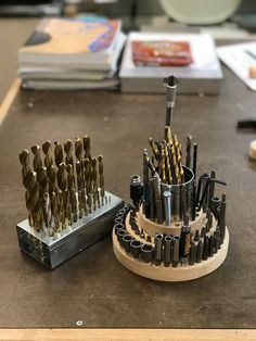 A blog about woodworking, furniture design and making in US Korean Woodworking Planes, Woodworking Guide, Popular Woodworking, Custom Woodworking, Woodworking Furniture, Woodworking Projects Plans, Workshop Organization, Garage Organization, Garage Tools