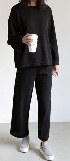 Superb Urban Fashion Guys Ideen - brands best brands of 2020 low key brands cold laundry macho moda back streetwear brands you n Fashion Guys, Urban Fashion Girls, Look Fashion, Fashion Models, Fashion Outfits, Womens Fashion, Fashion Spring, Fashion Shoot, Trendy Fashion