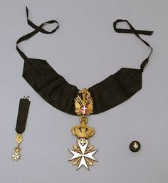 Cross of a Knight of Honour and Devotion, with miniature and rosette. #OrderofMalta #SMOM