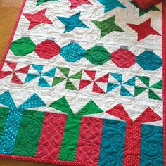 GOOD CHEER: Christmas Table Runner Quilt Pattern Designed by JEN DALY Machine…