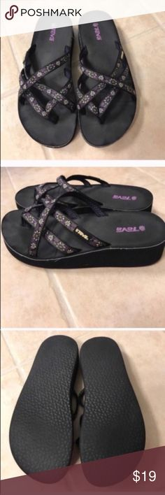 Teva purple floral strappy sandals size 6 Teva purple floral strappy sandals size 6 Teva Shoes Sandals