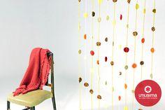 Cortina tejida, por Camila Aparicio. http://www.utilisima.com/manualidades/8889-cortina-tejida.html