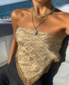 Mode Outfits, Trendy Outfits, Summer Outfits, Fashion Outfits, Style Fashion, Scarf Top, Look Cool, Aesthetic Clothes, Athleisure