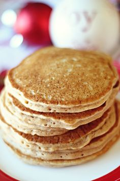 Gingerbread Pancakes  1 cup 	Low-fat buttermilk  1 cup 	Oats (use gluten free oats if sensitive to gluten)  2 	Egg whites  2 tbs	Low fat milk (or milk substitute)  2-3 pkts 	Stevia (or 2-3 packets or 1/2 tbs sweetener of choice, or to taste)  3/4 tsp 	Ground ginger (dry spice)  1/2 tsp	Cinnamon  1/4 tsp 	Pumpkin pie spice (or nutmeg)  1/2 tsp 	Salt  1 tsp	Baking powder