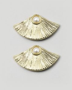 Oyster Earrings: Perfect for everyday