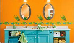 15 Bold Bathroom Designs with Unusual Color Scheme | Rilane - We ...