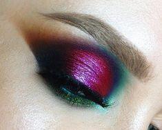 Have a nice day  #colors #makeupaddiction #highlighter #smokeyeye #glossymakeup #glowyskin #colorfulmakeup #artmakeup #makijaż #wizażystka #gdansk #trojmiasto #mua Bronze Nails, Powder Nails, Eye Make Up, Smokey Eye, Spotlight, Makeup Ideas, Makeup Looks, Eyes, My Favorite Things