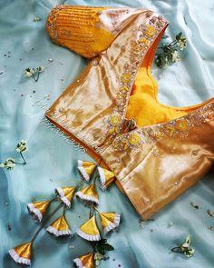 Pattu Saree Blouse Designs To Rock Your Desi Bridal Look Lehenga Designs Simple, Simple Blouse Designs, Stylish Blouse Design, Pattu Saree Blouse Designs, Blouse Designs Silk, Bridal Blouse Designs, Blouse Patterns, Seda Sari, Traditional Blouse Designs