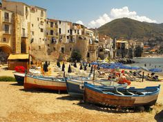 Cefalù | 28 Towns In Italy You Won't Believe Are Real Places
