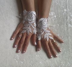 Ivory Wedding gloves bridal gloves lace gloves by GlovesByJana