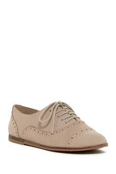 Loveie Cap Toe Oxford Flat