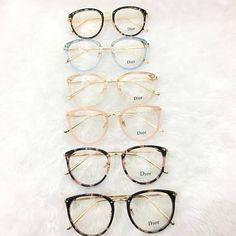 Glasses Frames Trendy, Fake Glasses, Cool Glasses, Glasses Trends, Lunette Style, Eyewear Trends, Men Eyeglasses, Fashion Eye Glasses