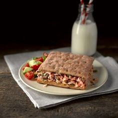 This recipe using our White Sandwich Thins is really easy and super tasty. Check out our Brand Ambassador Howard Middleton on YouTube showing you the step-by-step recipe.  http://www.youtube.com/watch?v=GGoX9kcH0vU