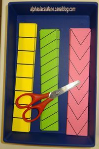 Great idea for developing those fine motor skills. Scissor practice for kids! Cutting Activities, Motor Skills Activities, Gross Motor Skills, Montessori Activities, Preschool Learning, Early Learning, Classroom Activities, Fun Learning, Toddler Activities