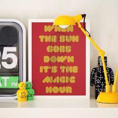 """Mais um lançamento para animar esse começo de ano!  Os fãs de música vão adorar o pôster 'The Magic Hour' com um trechinho da música """"Devil In a New Dress"""" e os óculos frisados do Kanye West.  - Vista a sua casa para 2017. - http://ift.tt/1dqyBxz (link na bio). #nacasadajoana #abaixoasparedesvazias #pôster #posters #quadros #enquadrados #design #decoração #decor #interiordesign #pinterest #meunacasadajoana #casa #lar #kanyewest #themagichour #music"""