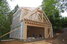 Construction d'une charpente de garage avec étage/atelier