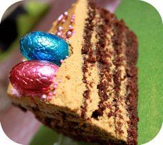 {Layer cake chOcO-praliné-cOnfiture de lait}