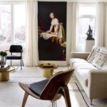 European classicism, mid-century modernism and a healthy dose of drama all combine to stunning effect in the rooms of Washington, D.C.—based Indian designer Raji Radhakrishnan (@rajirmdesign).