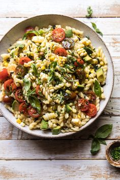 Corn, Tomato, and Avocado Pasta Salad. - Half Baked Harvest overhead photo of Corn, Tomato, and Avocado Pasta Salad Pastas Recipes, Pasta Salad Recipes, Coctails Recipes, Dishes Recipes, Recipes Dinner, Vegetarian Recipes, Cooking Recipes, Healthy Recipes, Healthy Food