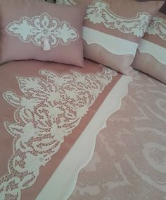600 × 712 Pixel - Home Dekoration Linen Bedding, Bedding Sets, Decorating Blogs, Bed Covers, Home Textile, Bed Spreads, Bed Sheets, Diy And Crafts, Bedroom Decor