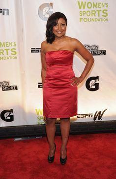 peggy on red carpet at 2011 women's sports foundation. a marketers dream!