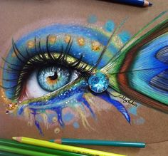 Wonderful Colored Pencils Work by Greek Artist Kelly Lahar