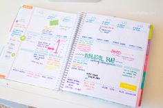 Planners can be pretty. Must check out these planners by Erin Condren.