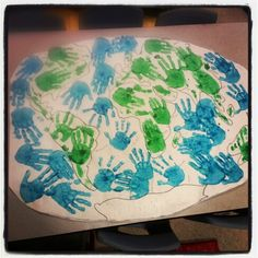 Earth Day handprint activity #prek #educator #earthday